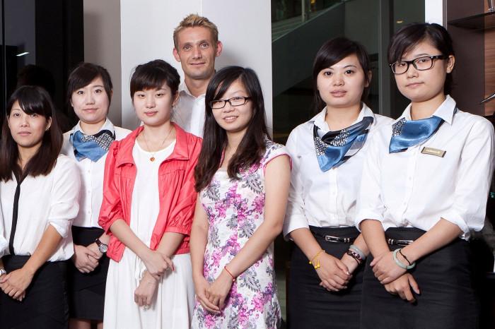 Boomtown Singapur hautnah Im Gespräch: Ex-Möfist Stefan Fisse über seine Arbeit für hülsta